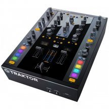 DJ контроллеры Native Instruments TRAKTOR Kontrol Z2